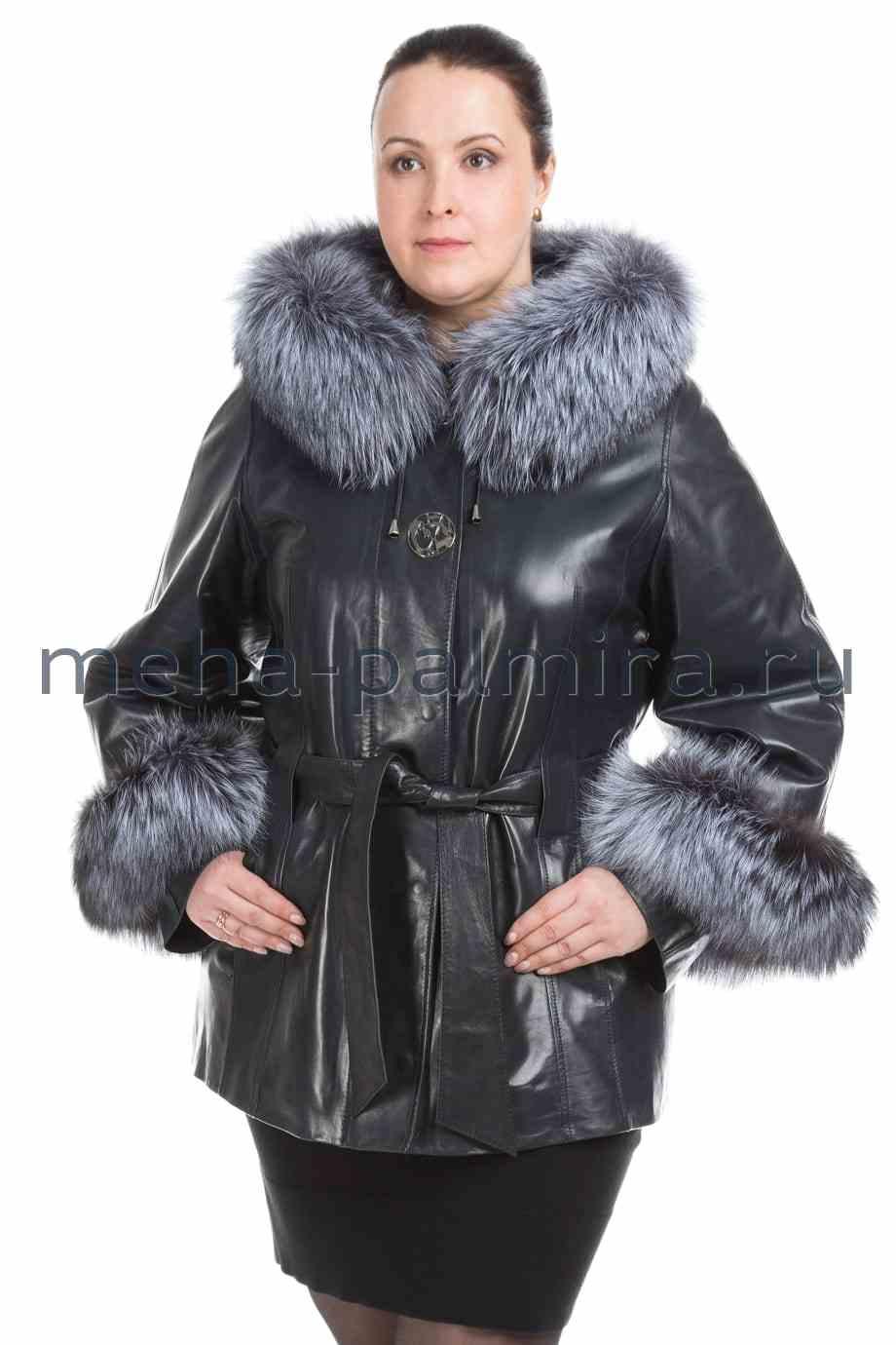 Удлиненная женская куртка из кожи с капюшоном, отделка мех чернобурки
