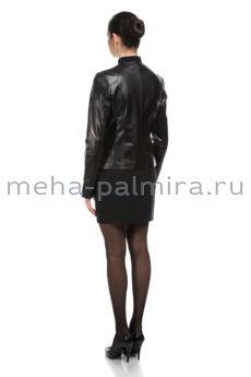 Черная женская куртка на молнии с воротником шанель