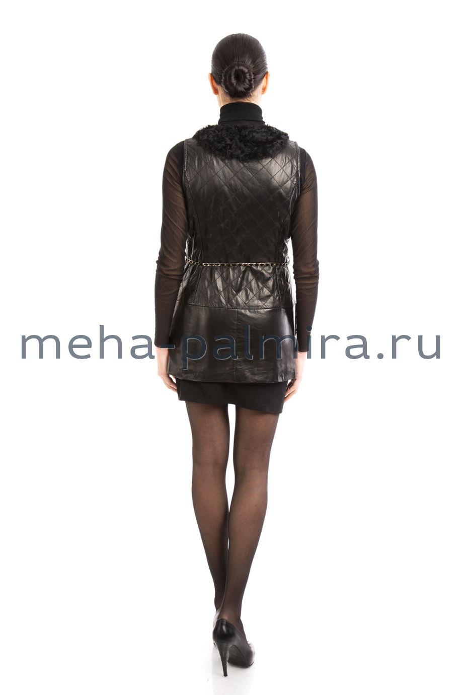 Черный женский жилет из меха козлика и натуральной кожи
