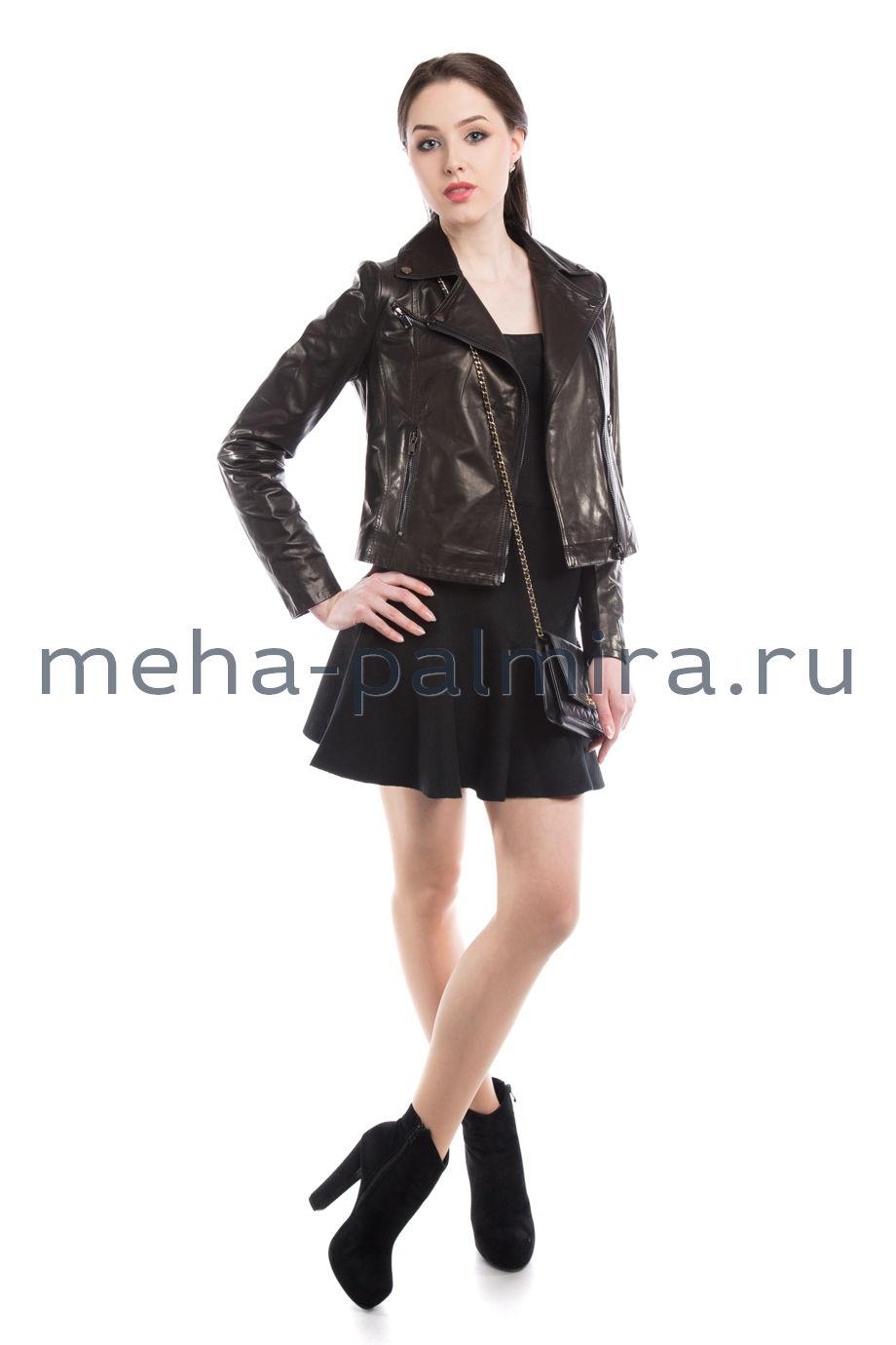 Клубная кожаная куртка черного цвета