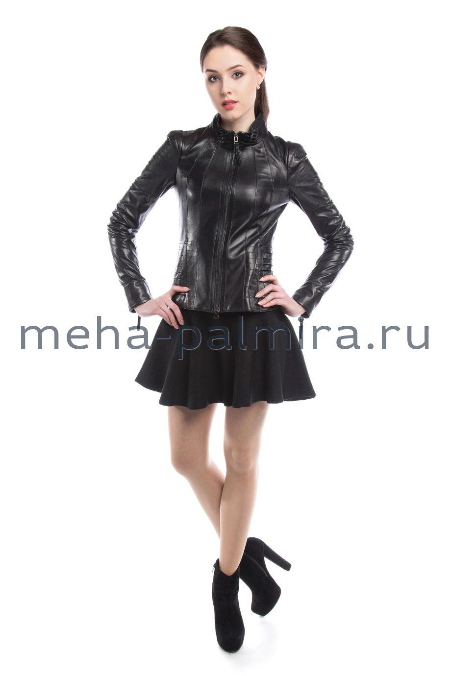 Кожаная куртка стойка, на молнии, черная