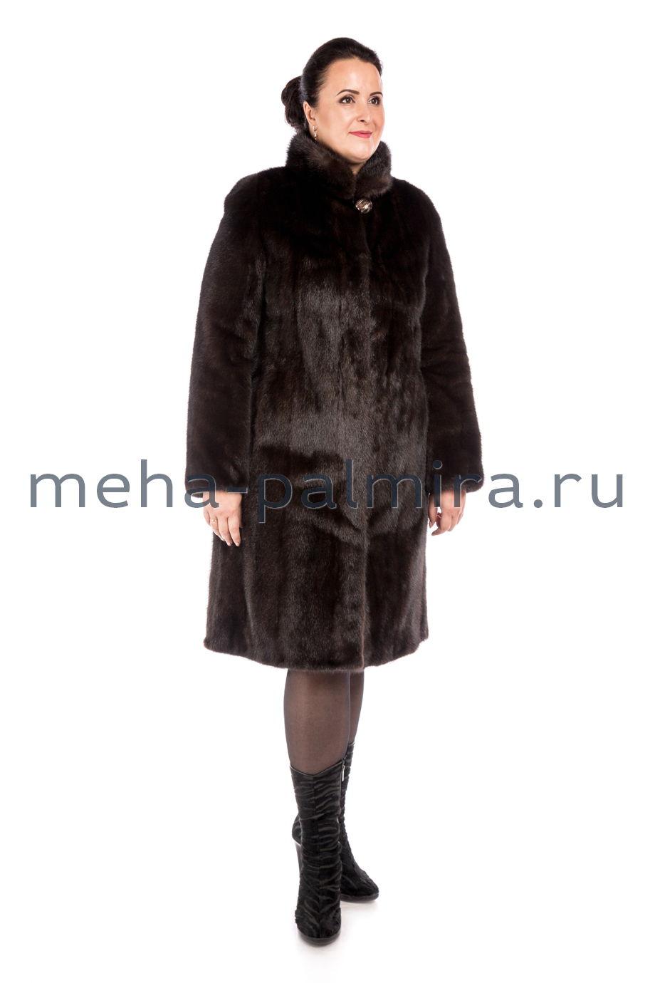 Прямая норковая шуба с воротником стойкой, коричневая