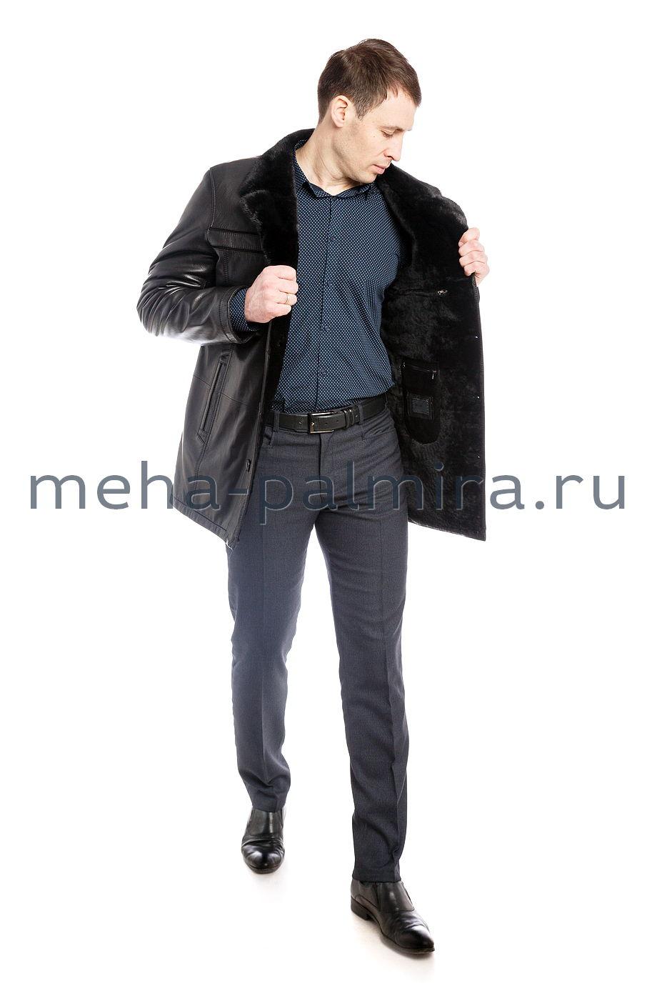 Дубленка мужская с отложным воротником из меха норки.