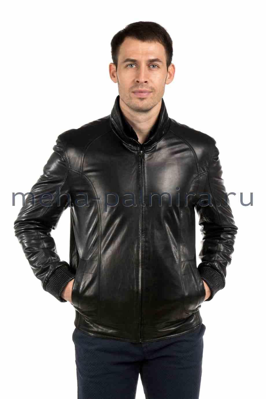 Куртка из кожи на резинке, черного цвета