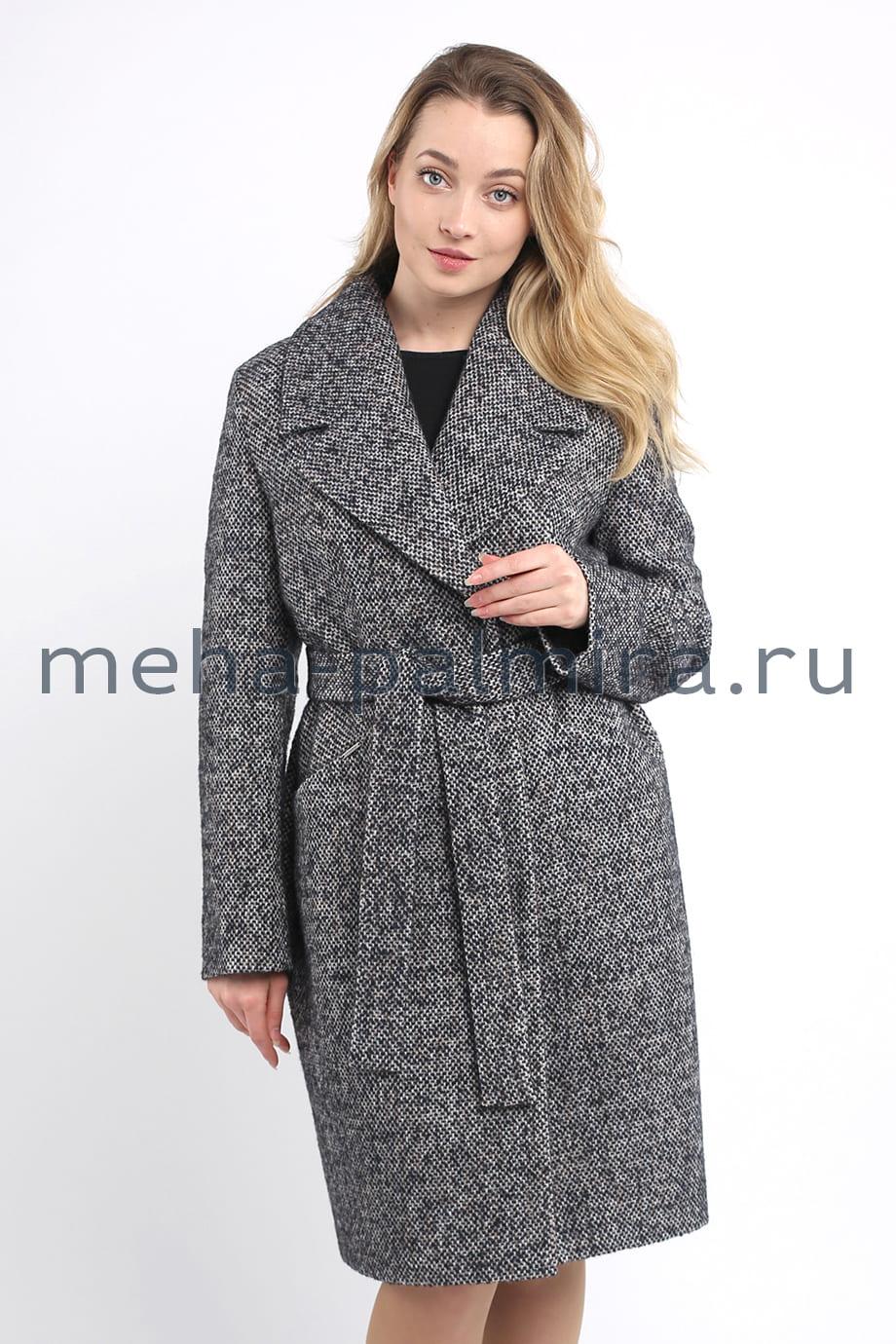 Пальто с английским воротником на кнопках
