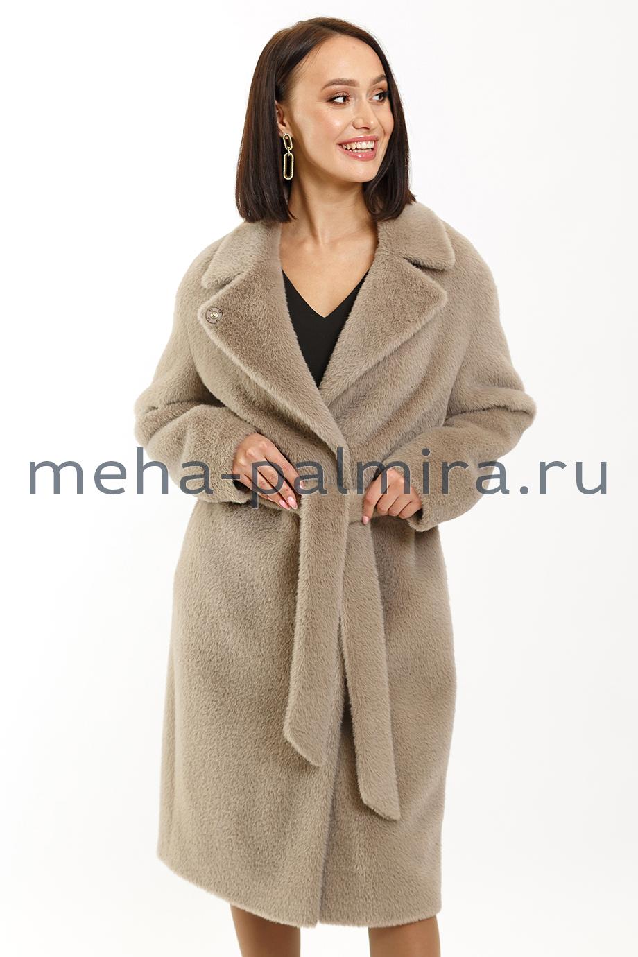 Классическое пальто с поясом под норку