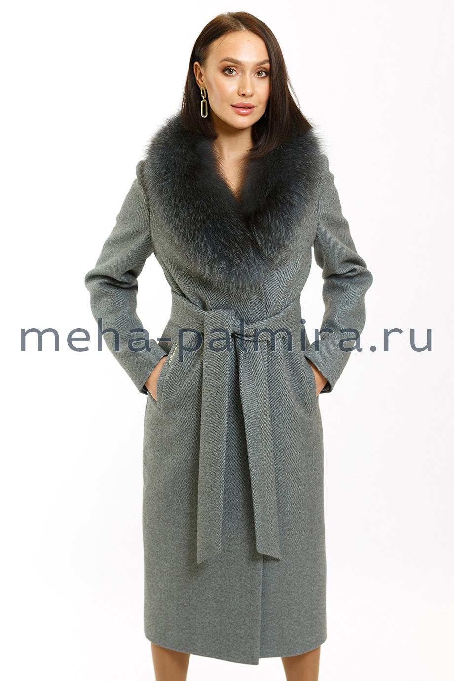 Пальто женское классическое утеплённое с мехом лисы
