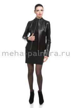 Модная кожаная куртка на молнии с высокой стойкой