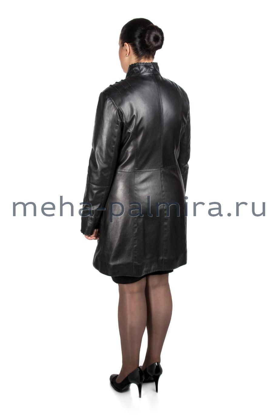 Кожаный плащ женский на пуговицах