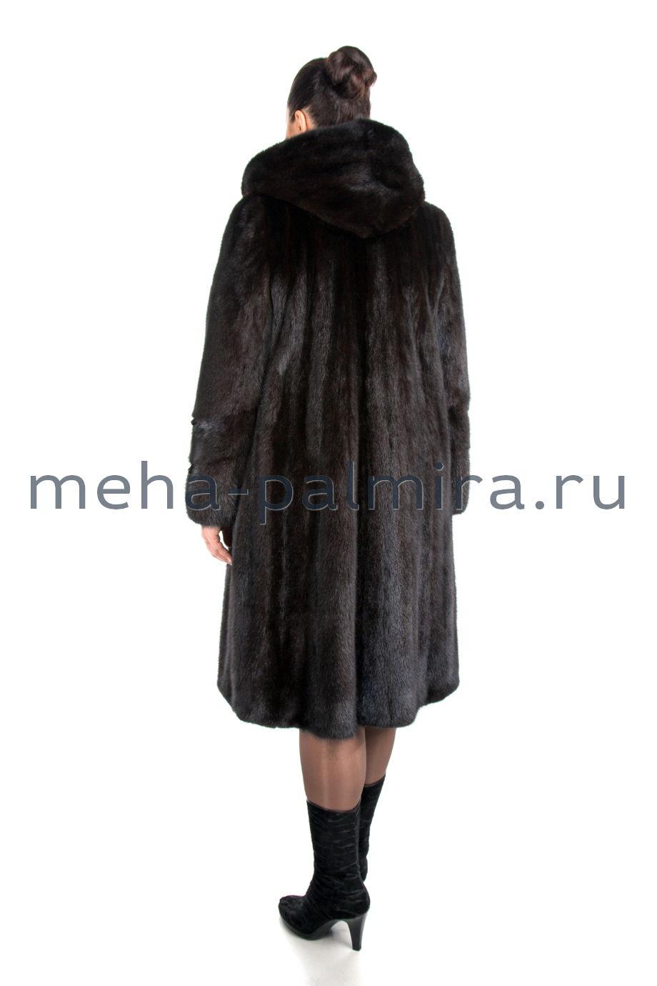 Женская норковая шуба годе с капюшоном, цвет коричневый