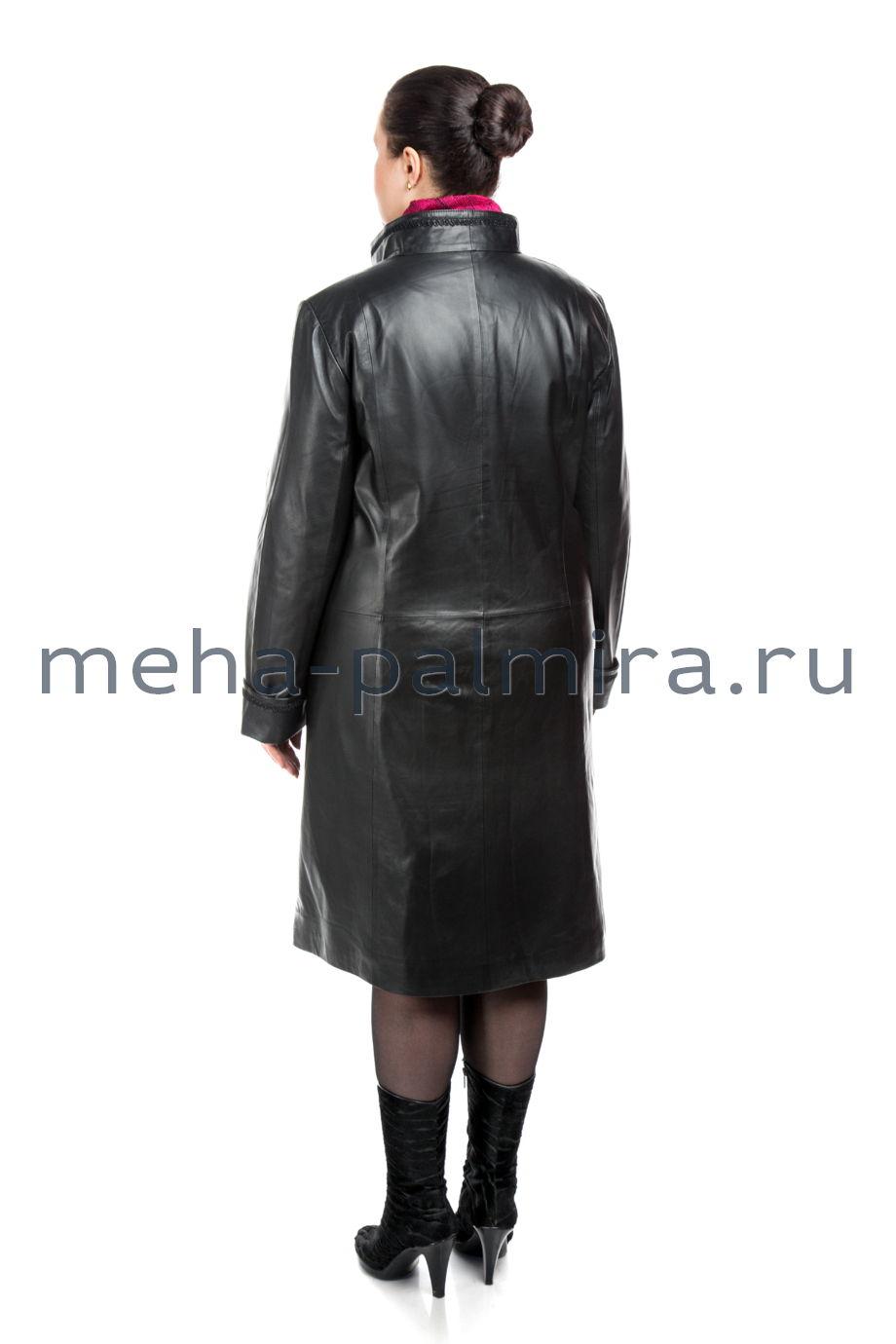 Женский кожаный плащ для полных