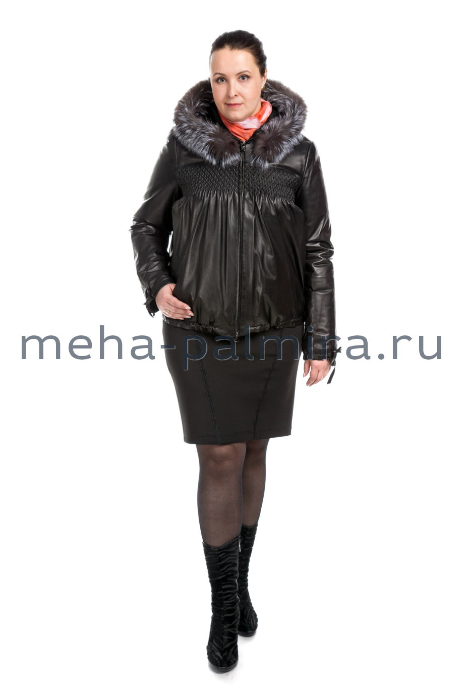 Кожаная куртка свободного кроя с капюшоном, цвет черный