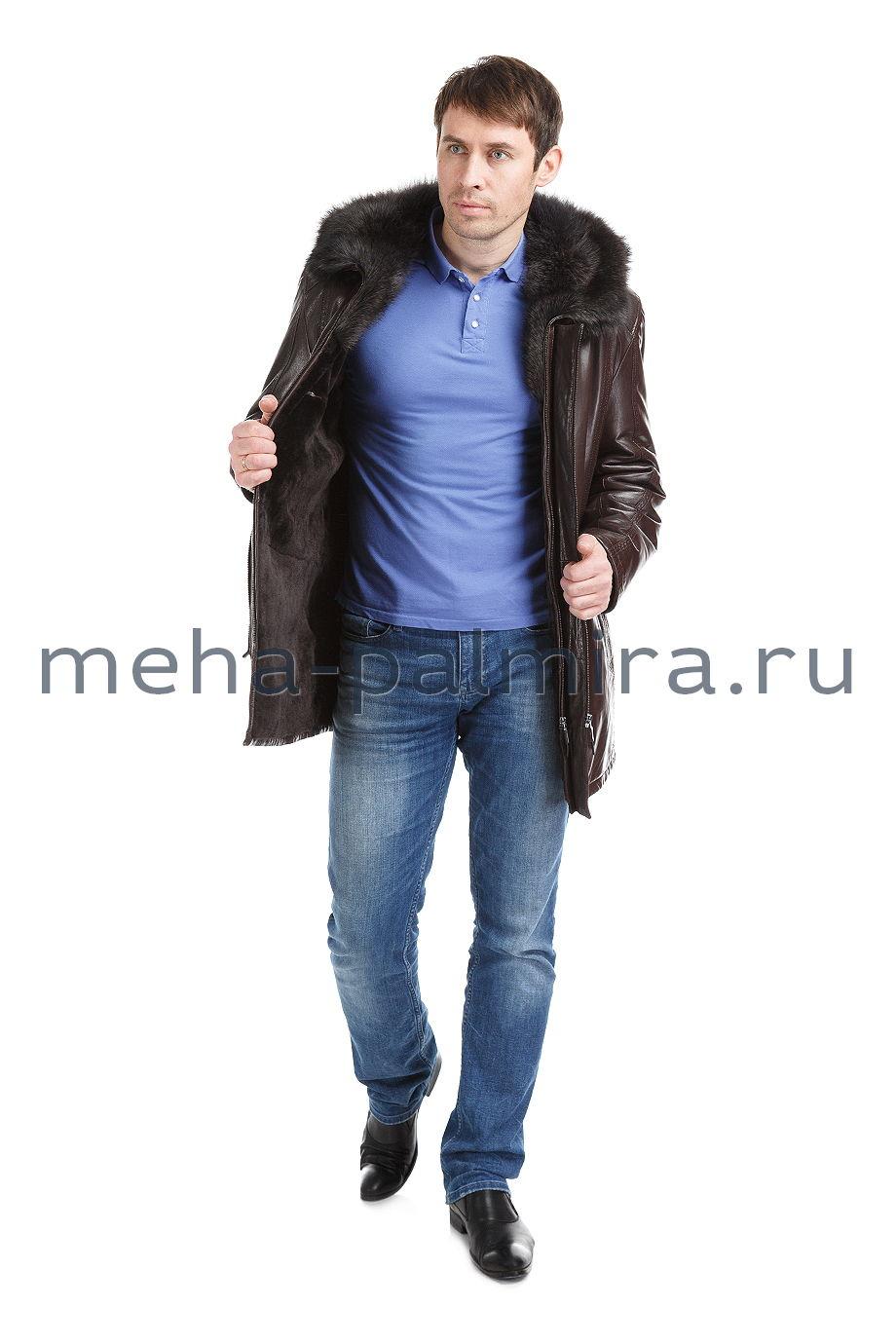 Коричневая мужская дубленка на молнии с капюшоном из меха енота