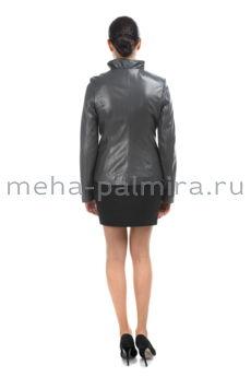 Женская куртка графитового цвета с фигурным воротником