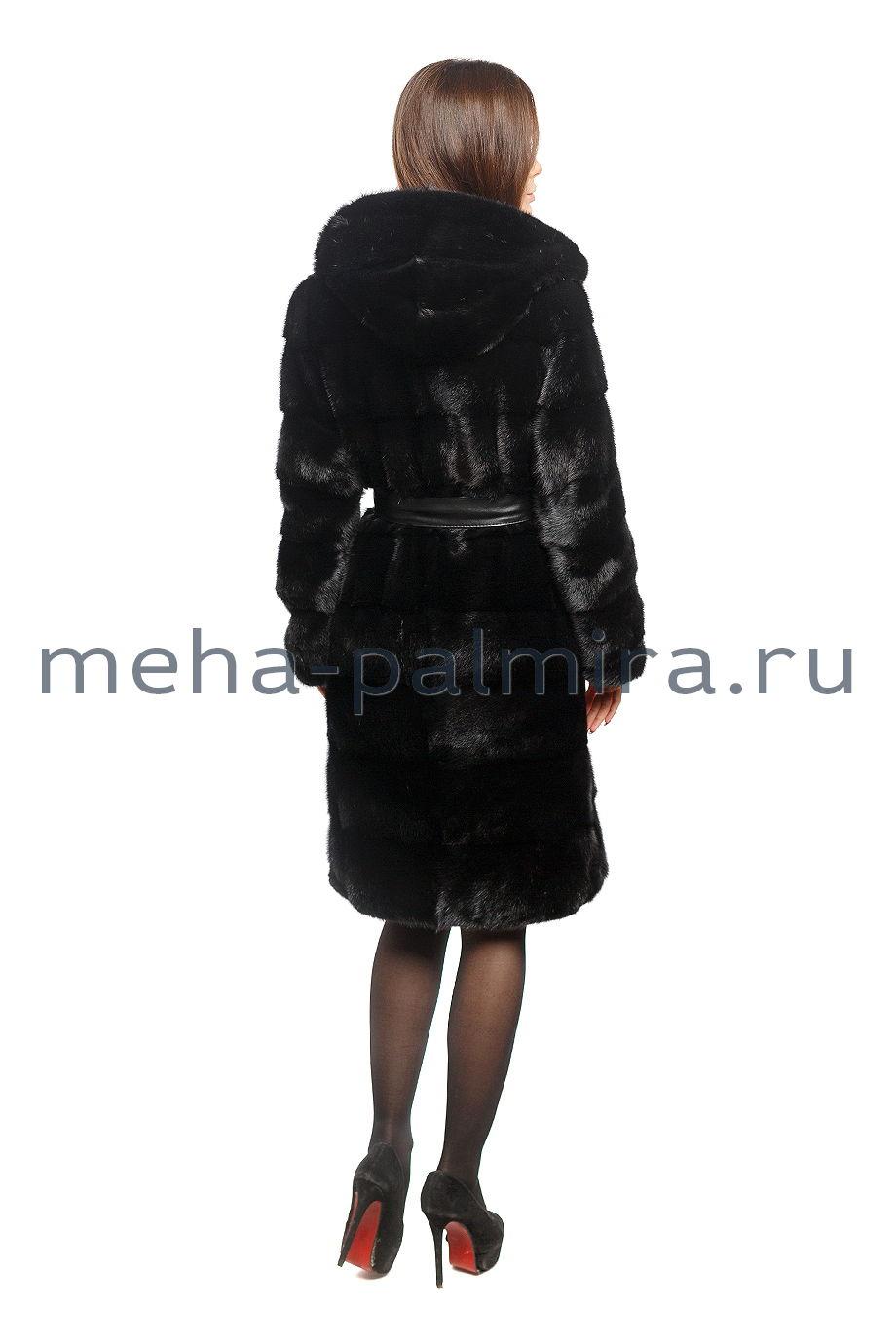Шуба поперечка из меха норки черного цвета