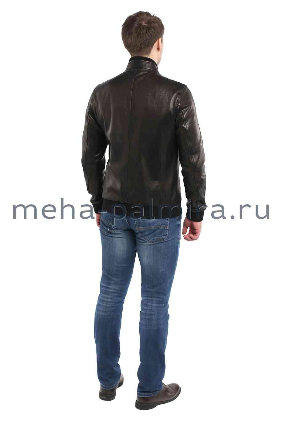 Мужская куртка бомбер черного цвета