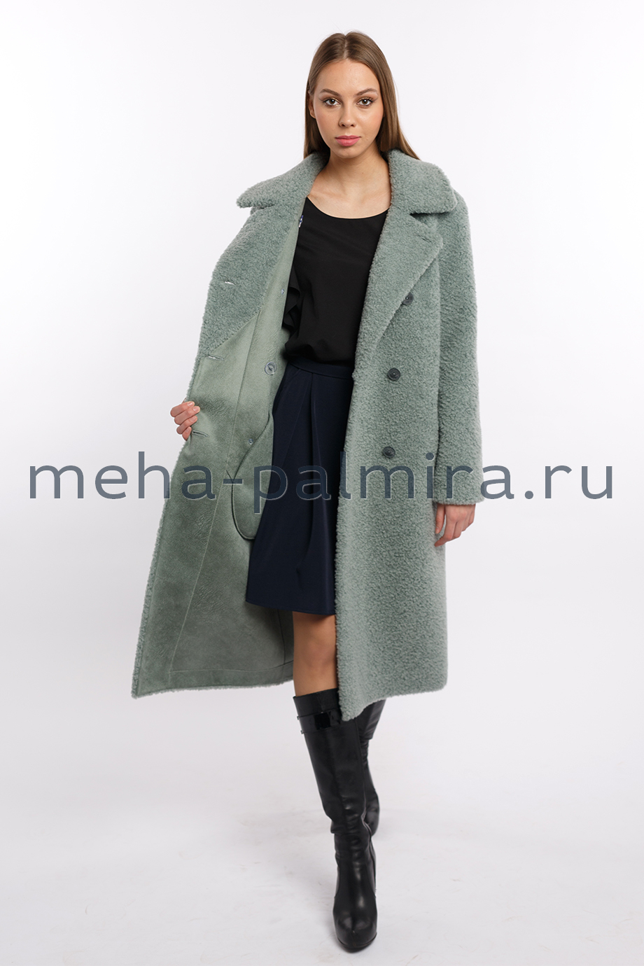 Пальто из овечьей шерсти двубортное мятного цвета
