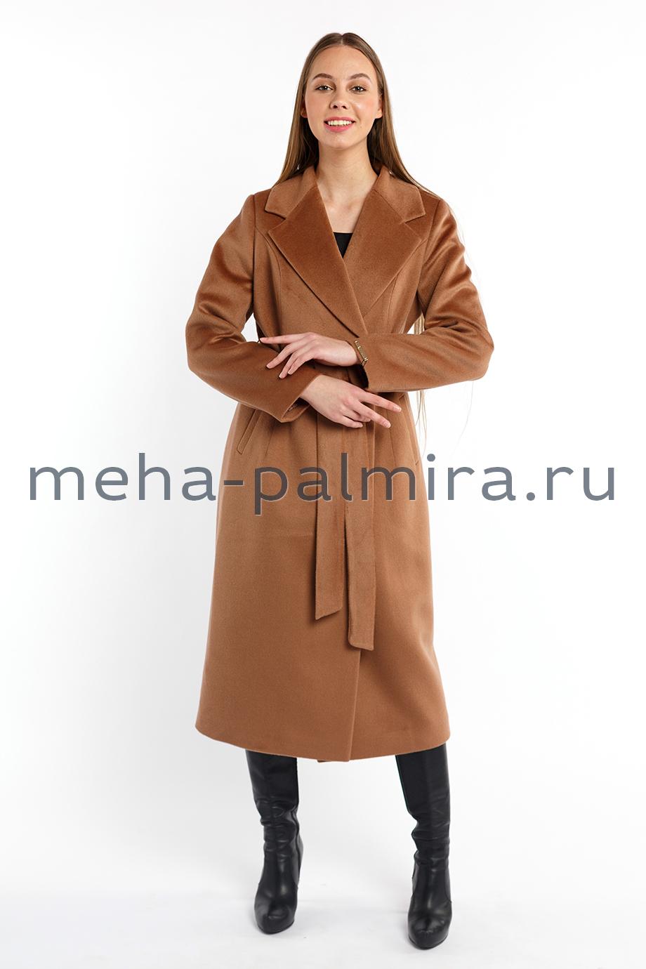Пальто женское коричневого цвета с поясом